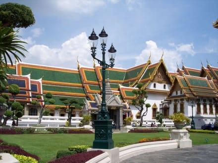 Tempel auf Palastgelände - Wat Phra Keo und Königspalast / Grand Palace