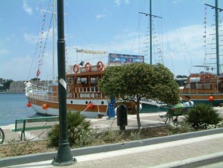 Mandrakihafen in Kos-Stadt - Hafen Kos Stadt