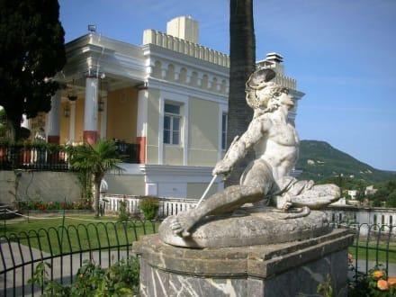 Statue des sterbenden Achilles - Statue des Achilles