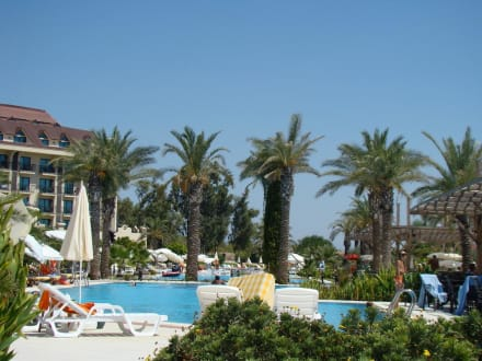 Poolanlage - Nashira Resort Hotel & AQU-SPA