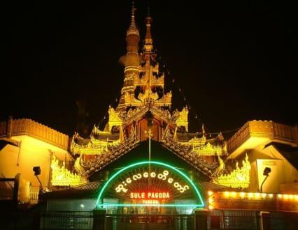 Sule-Pagode Yangoon/Nachtaufnahme - Sule-Pagode