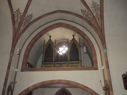 Religious sites (churches, temples, etc.) - Parish Church of St. John the Baptist