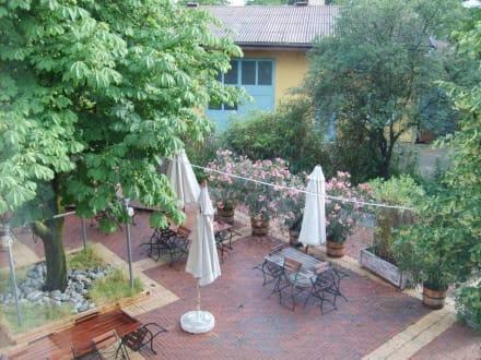 Garten des Restaurants - Landgasthof Römerstraße 2