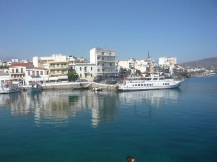 Der lebhafte Hafen von A. Nikolaos - Hafen Agios Nikolaos