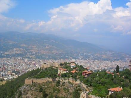 Blick vo der Burg vo Alanya - Burg von Alanya  (Ic Kale)