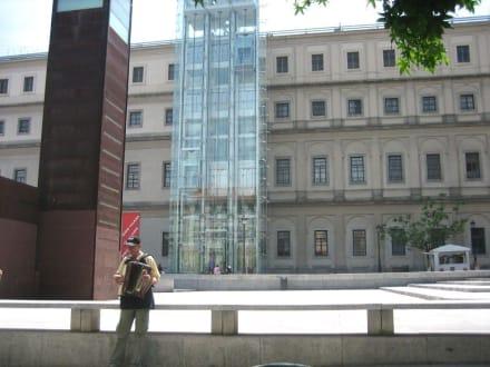 Eingang zum Reina Sofia - Museo Reina Sofia