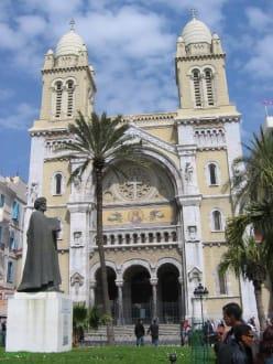 Kirche - Cathedral of St. Vincent de Paul