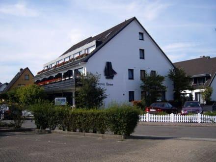 hotel b sum in b sum bild hotel b sum in b sum schleswig holstein deutschland. Black Bedroom Furniture Sets. Home Design Ideas
