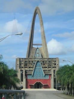 Nuestra de la Altagracia (Kathedrale in Higüey) - Basilica Nuestra Señora de la Altagracia