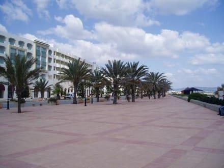 Strandpromenade von Hammamet-Yasmina - Strand Hammamet