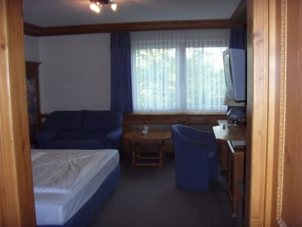 Blick ins Komfortzimmer - Hotel Central Hof Partner of Sorat Hotels