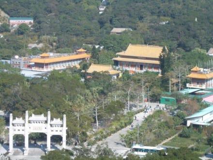 Lantau - Kloster Po Lin