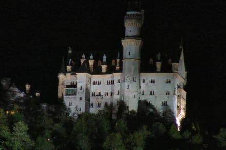 Schloß Neuschwanstein bei Nacht - Schloss Neuschwanstein