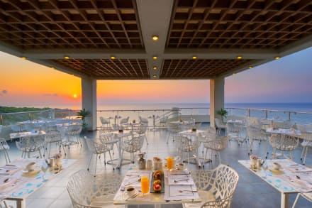 Senses Cafe (Elite Club's Breakfast Restaurant)) -