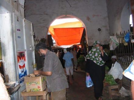 Markthalle - Markthalle / Darajani Market