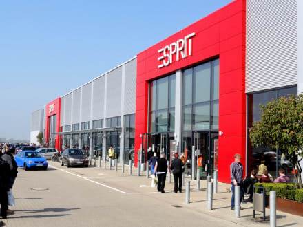 esprit outlet in bremen holidaycheck. Black Bedroom Furniture Sets. Home Design Ideas