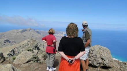 Imposante Aussicht auf die Westküste - Wandern TimeforNature Tarajalejo