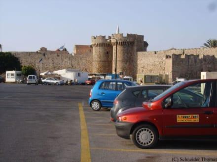 Die Stadtmauer von in Rhodos - Stadtmauer Rhodos