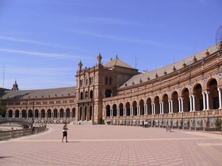 Stadtrundgang durch Sevilla - Plaza de Espana