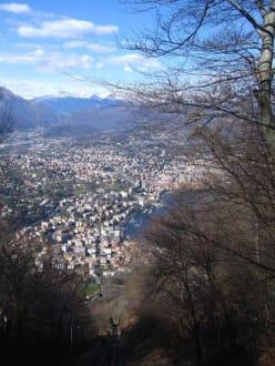 Aufstieg mit Drahtseilbahn zum San Salvatore - Monte San Salvatore
