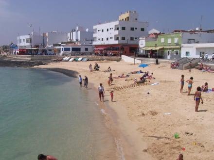 Strand am Hafen - Strände Corralejo