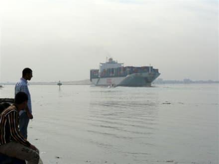 Schiffe in der Wüste - Suezkanal