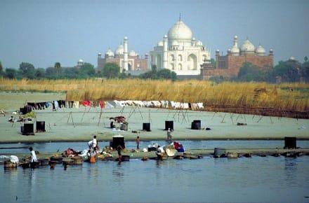 Agra, Taj Mahal, am Fluß - Taj Mahal