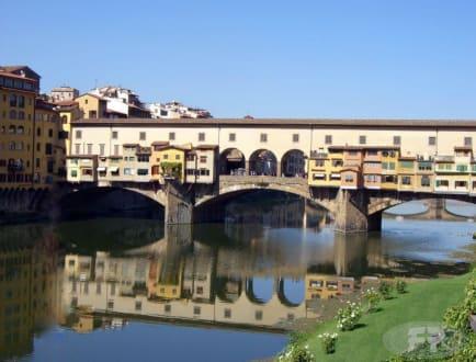 Ponte Vecchio bei strahlendem Sonnenschein - Ponte Vecchio