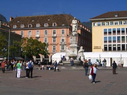 Waltherplatz - Piazza Walther von der Vogelweide