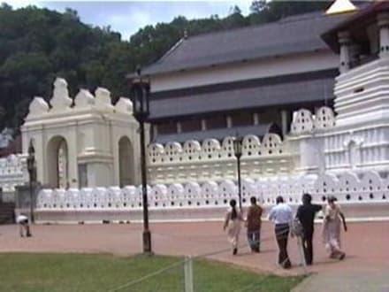 Sri Lanka - Kandy - Dalada Maligawa (Zahntempel)