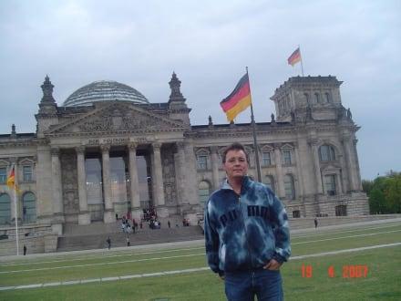 Reichtags Gebäude - Bundestag / Reichstag
