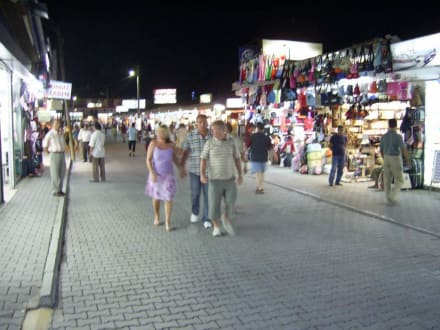 Shoppen durch Kumköy! - Einkaufen & Shopping