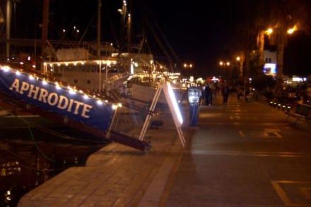 Hafen von Kos bei Nacht - Hafen Kos Stadt