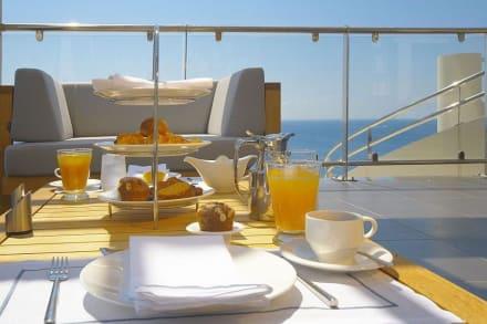Elite Club Breakfast -