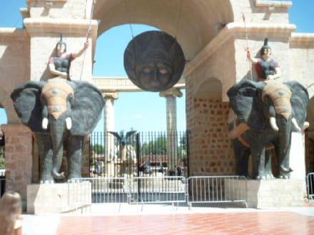 Eingang Carthagoland - Carthageland