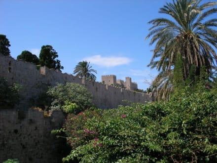 Stadtmauern - Stadtmauer Rhodos