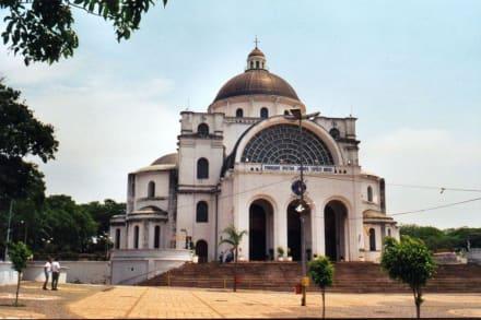 Basilika von Caacupe - Basilika von Caacupe