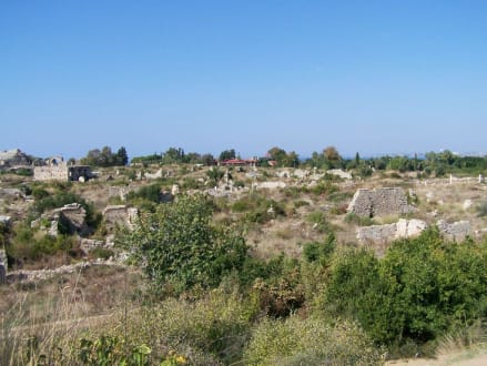 Blick über Antik-Side - Ruinen Side