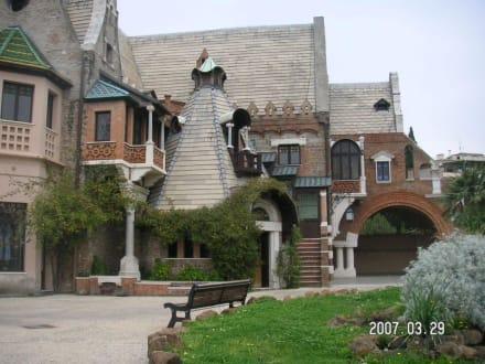 Klassizistischer Palazzo in der Villa Torlonia - Park und Villa Torlonia