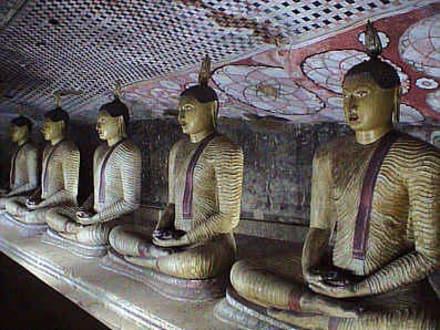 Dambulla - Buddhastatuen - Höhlentempel Dambulla