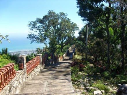 Gartenanlage der  Cable Car Bahn - Seilbahn Pico Isabel de Torres