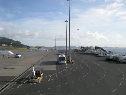 Flughafen Madeira - Flughafen Madeira (FNC)