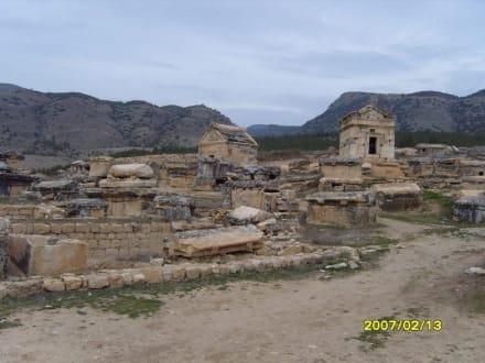 Die Friedhöfe! - Hierapolis