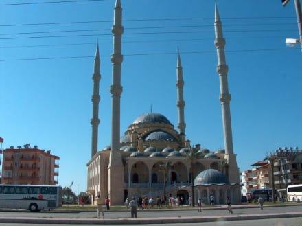 Moschee Manavgat - Külliye Moschee