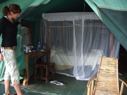 Das Zelt von innen - Tsavo Ost Nationalpark