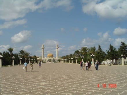 Mausoleum - Mausoleum Bourguiba