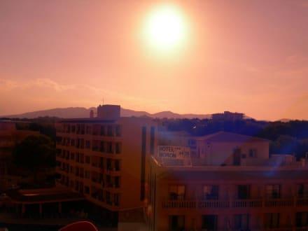 Sun goin under - Leuchtturm von Cala Ratjada