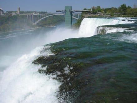 Amerikanische Fälle - Niagarafälle / American Falls
