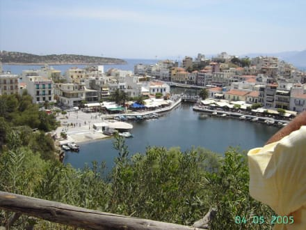 Hafen in Agios Nikolaos - See Limni Vulisméni