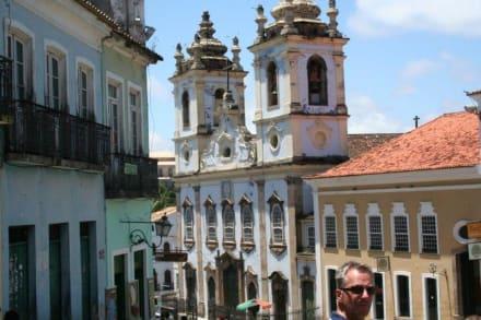 Unterwegs - Kirche Nossa Senhora do Rosário dos Pretos